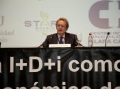 Ignacio Para pronuncia su discurso