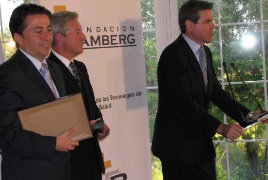 Premio a la Innovación en Tecnologías de la Salud a Microsoft; Vicente Sánchez