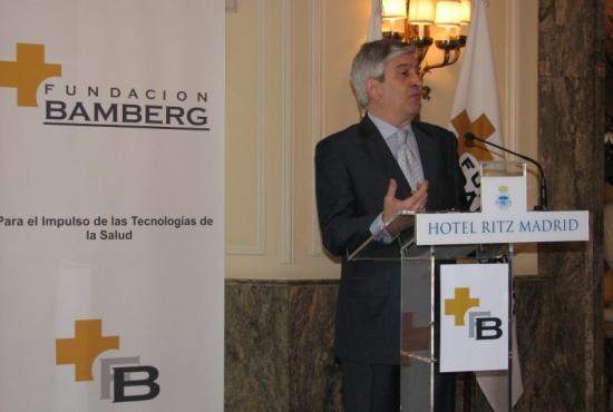 El Consejero Delegado de Janssen Cilag, Martín Sellés, felicita al Conseller