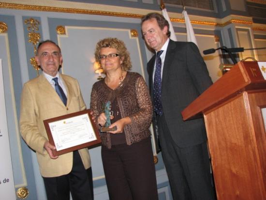 Los Presidentes de la Fundación entregan el Premio a la Consejera