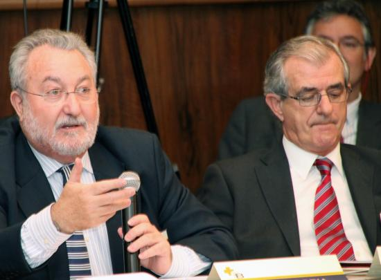 Bernart Soria, ex ministro de Sanidad y Javier Alvarez Guisasola ex Consejero de
