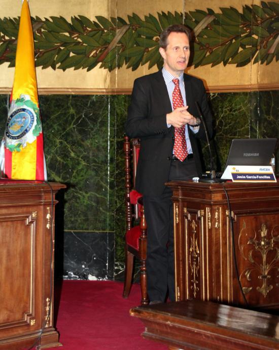 El Director de Oncología de la FJD Jesús García Foncillas
