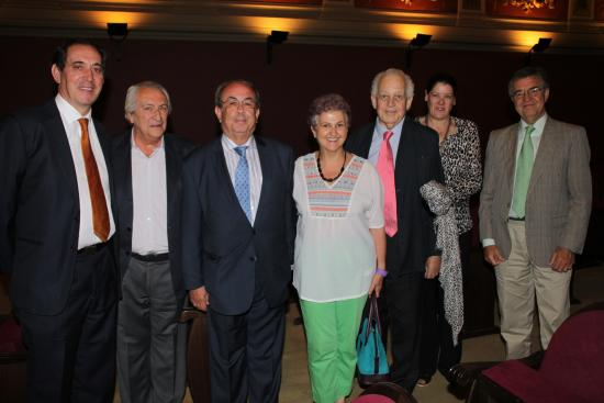 Javer Hdez, F. Coullaut, Honorio Bando, JJ. López-Ibor, su eposa y Eduardo Junco