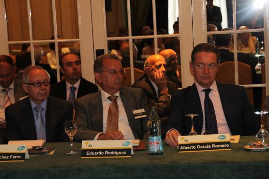 Julio Sánchez Fierro, Eduardo R. Rovira y el presidente del Colegio de Madrid