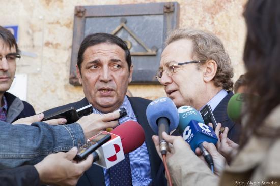 Ignacio Para responde a la prensa